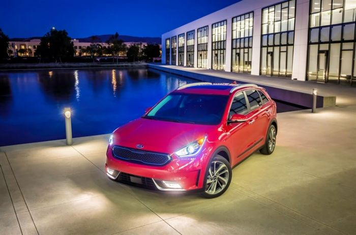 kia niro more photos kia owners club forums. Black Bedroom Furniture Sets. Home Design Ideas
